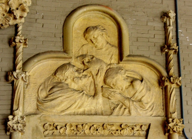 Sculpture from l'hospital de Sant Pau de Barcelona by Gargallo (1905-1911)