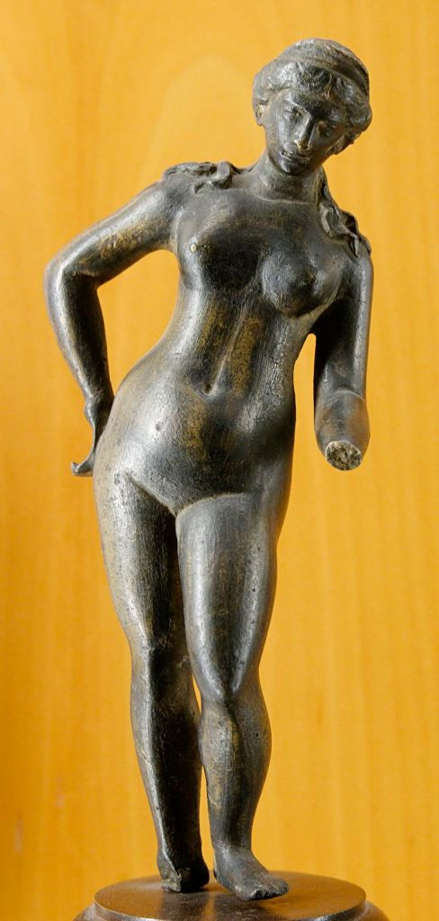 Venus, Ancient Rome bronze figurine